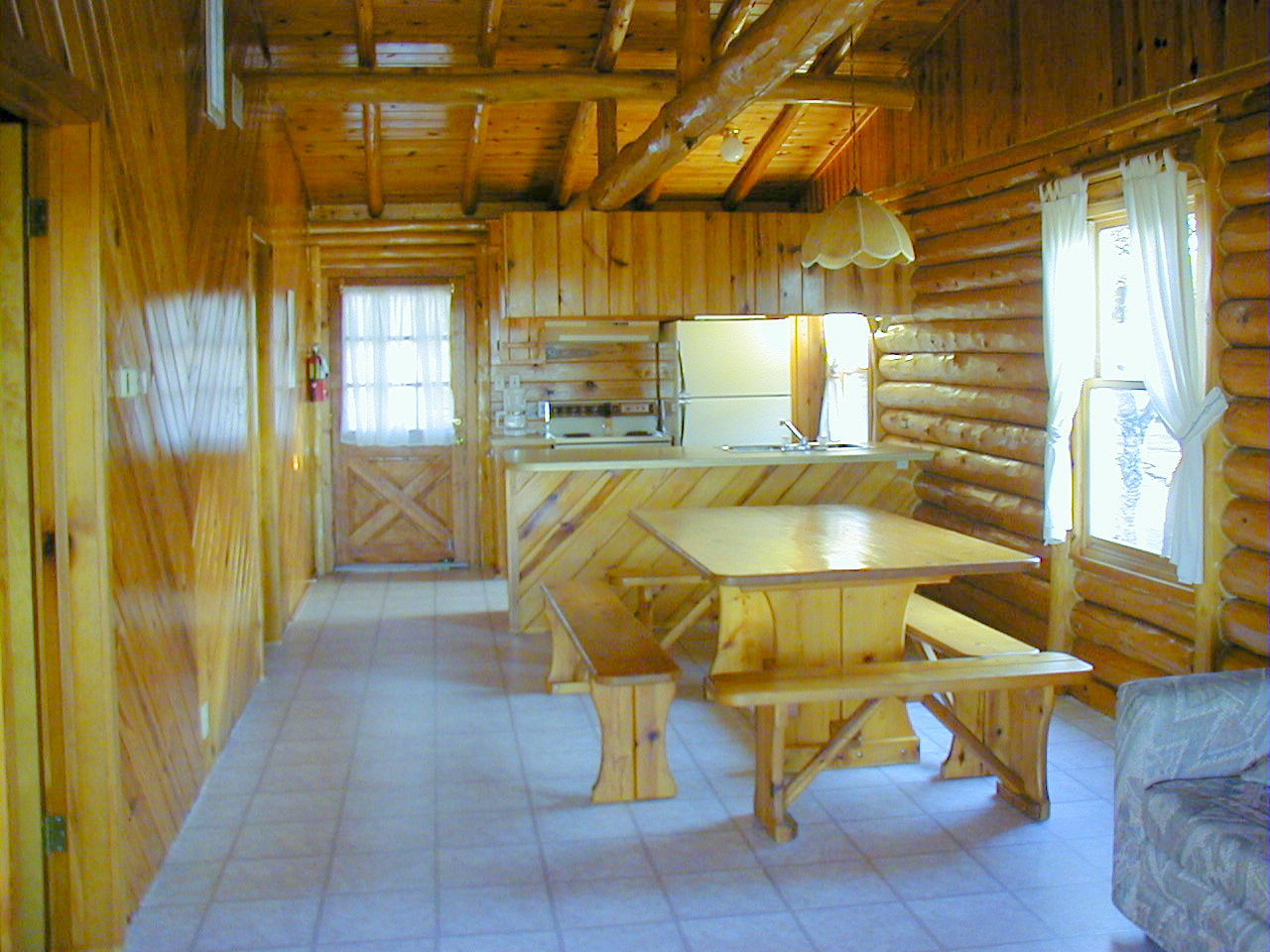 Log cabins at jacobs creek our cabins and rates for Two bedroom cabins